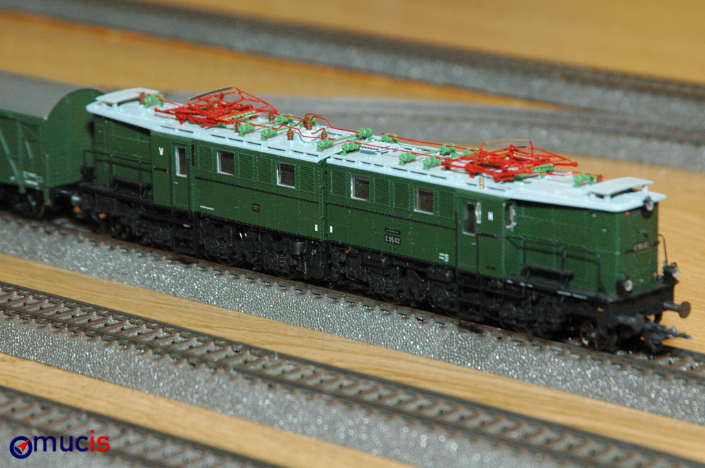 rot-grüne Lok