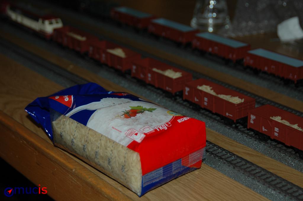 der berühmte, umgefallene Sack Reis aus Japan