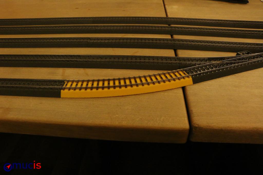 Svhwarz-gelbes Gleis